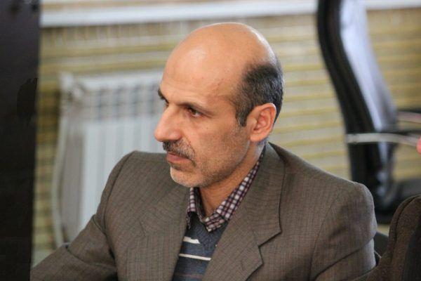 وحید حاج سعیدی طنزپرداز